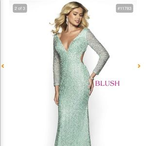SUPER SPARKLY PROM GOWN! SZ 8
